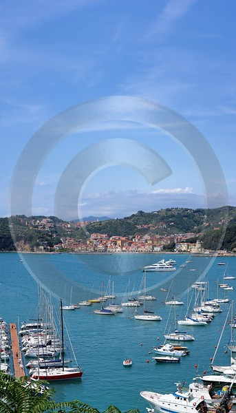 Lerici Port Boat Ship Yacht Ocean Viewpoint Castle Royalty Free Stock Images Autumn Fog Barn - 002197 - 19-08-2007 - 4108x7182 Pixel
