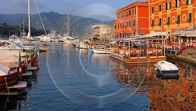 Santa Margherita Ligure Port Flower Shoreline Summer Fine Art Nature Photography - 002012 - 15-08-2007 - 7591x4301 Pixel
