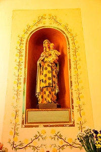 San_Gimignano_Mary_statue_RAW5663