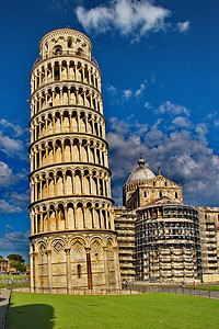Pisa Leaning Tower, Baptistery & Cathedral