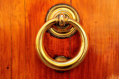San_Gimignano_door-knocker_RAW5659