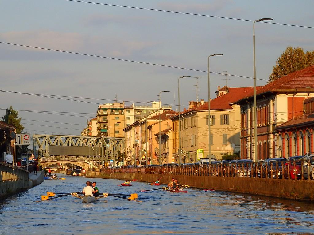 canal cruise ride down Milan's Navigli District