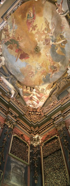 Ossuary of the church San Bernardino alle Ossa, in Milan<br /> <br /> Ossario della chiesa di San Bernardino alle Ossa, a Milano