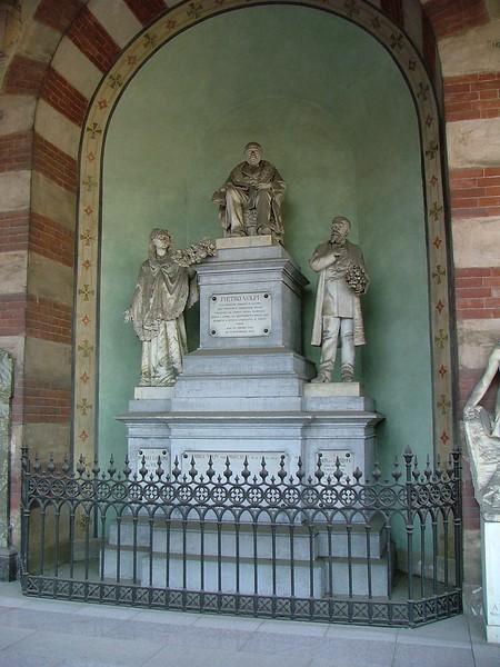 Milan's monumental cemetery<br /> <br /> Il cimitero monumentale di Milano