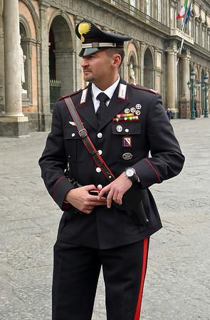 Naples policeman