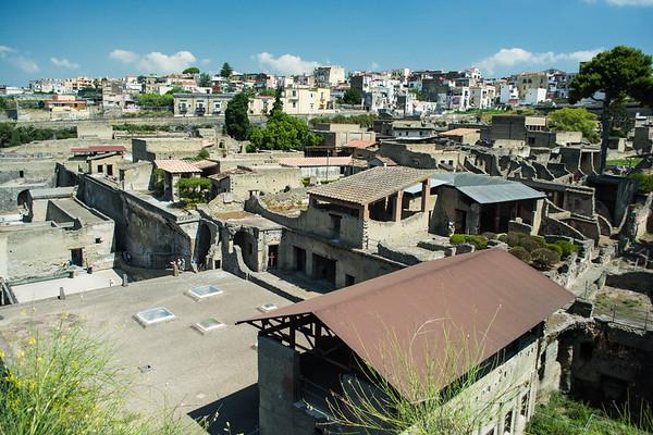 Herculaneum-ruins-naples-italy