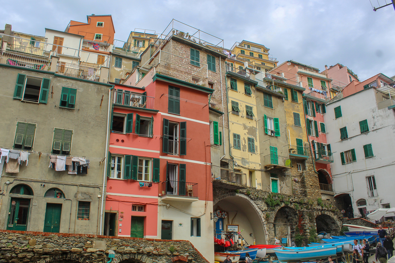 riomaggiore is a good option for where to stay in cinque terre