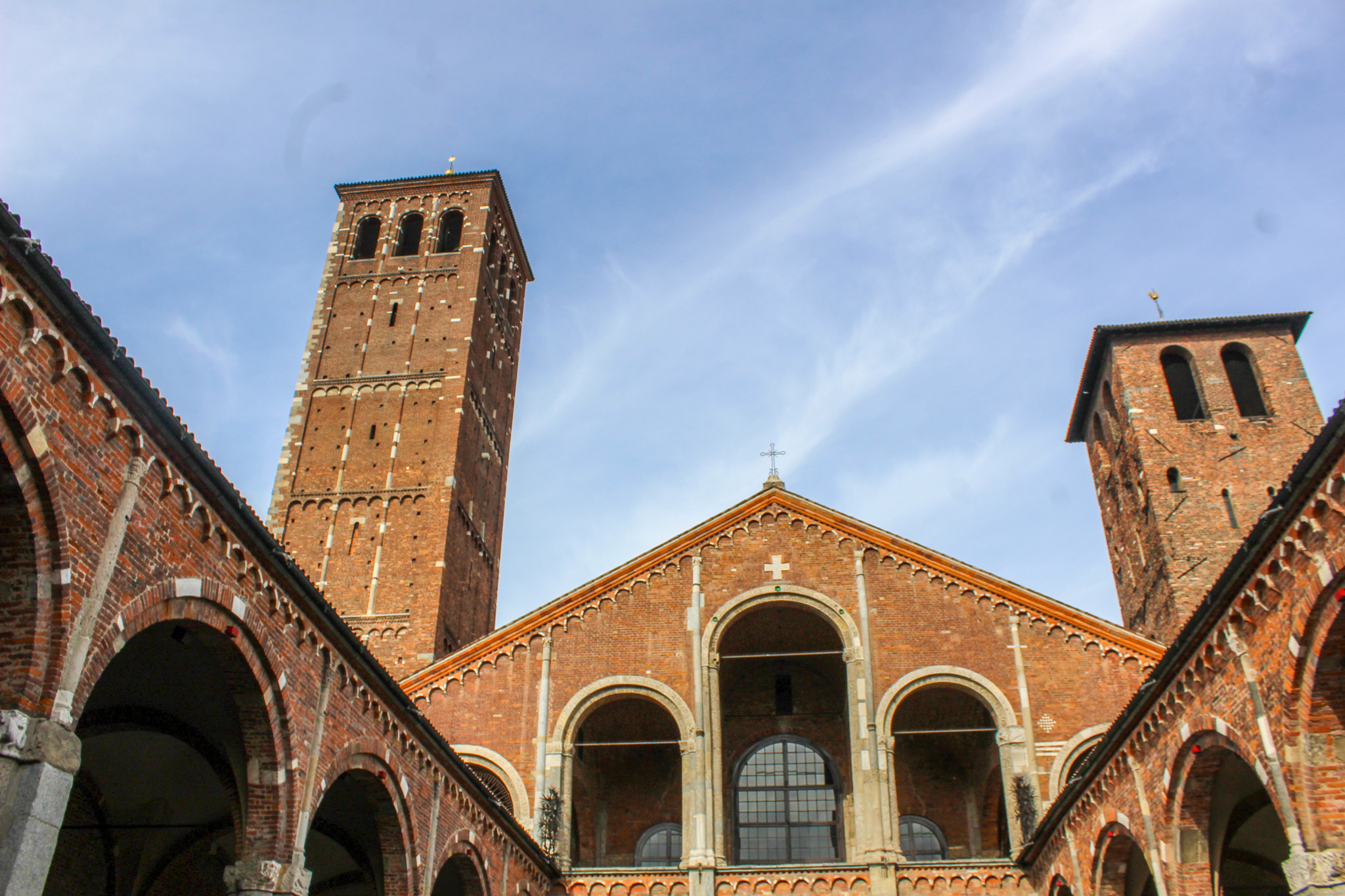 one day in milan itinerary includes many basilicas