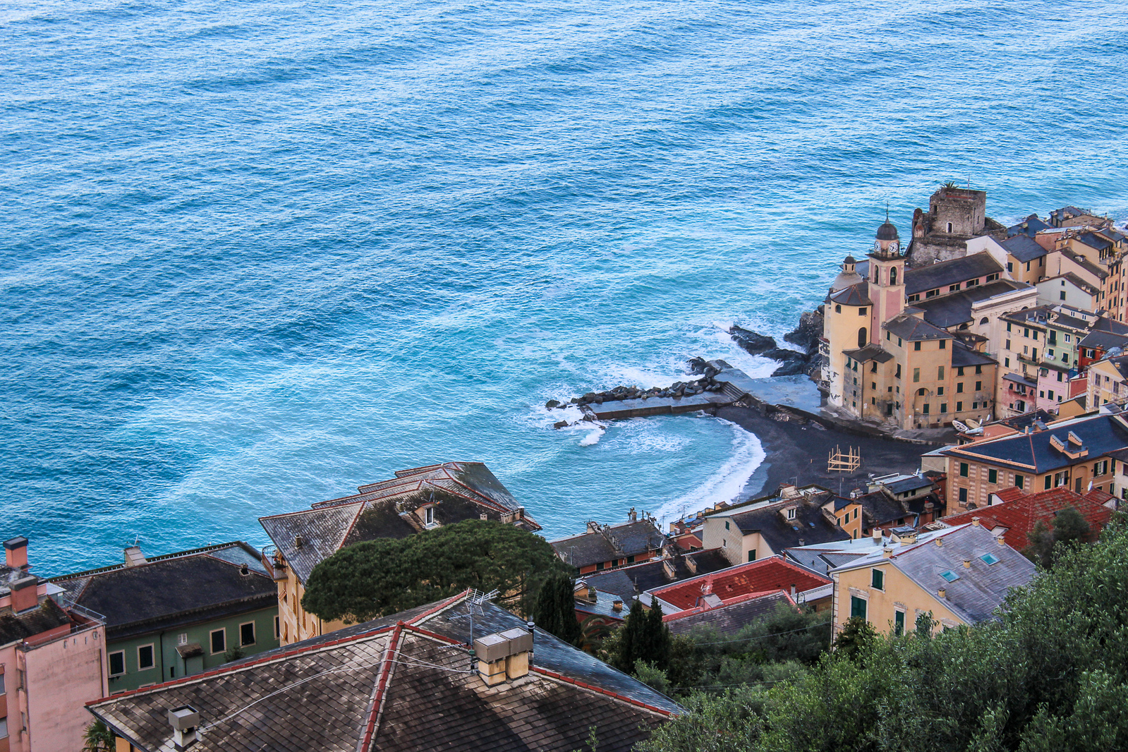 solo travel italy: the view from my room in camogli