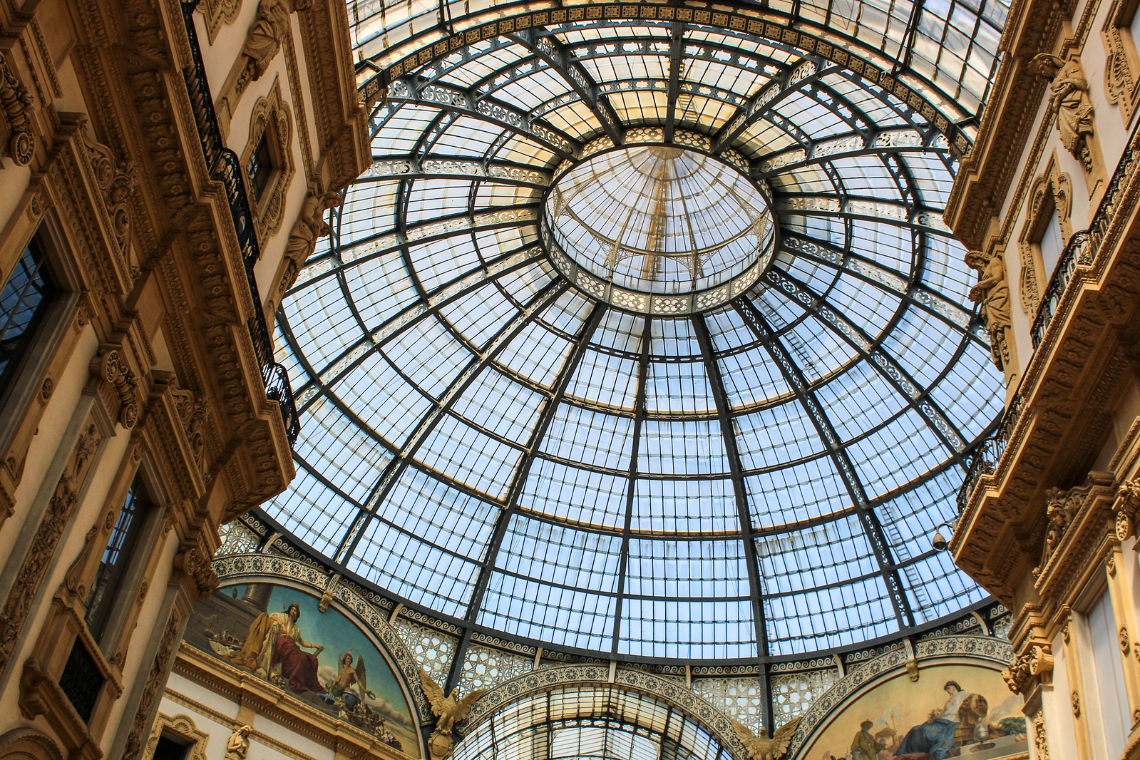 with 1 day in milan check out the ceiling at the galleria