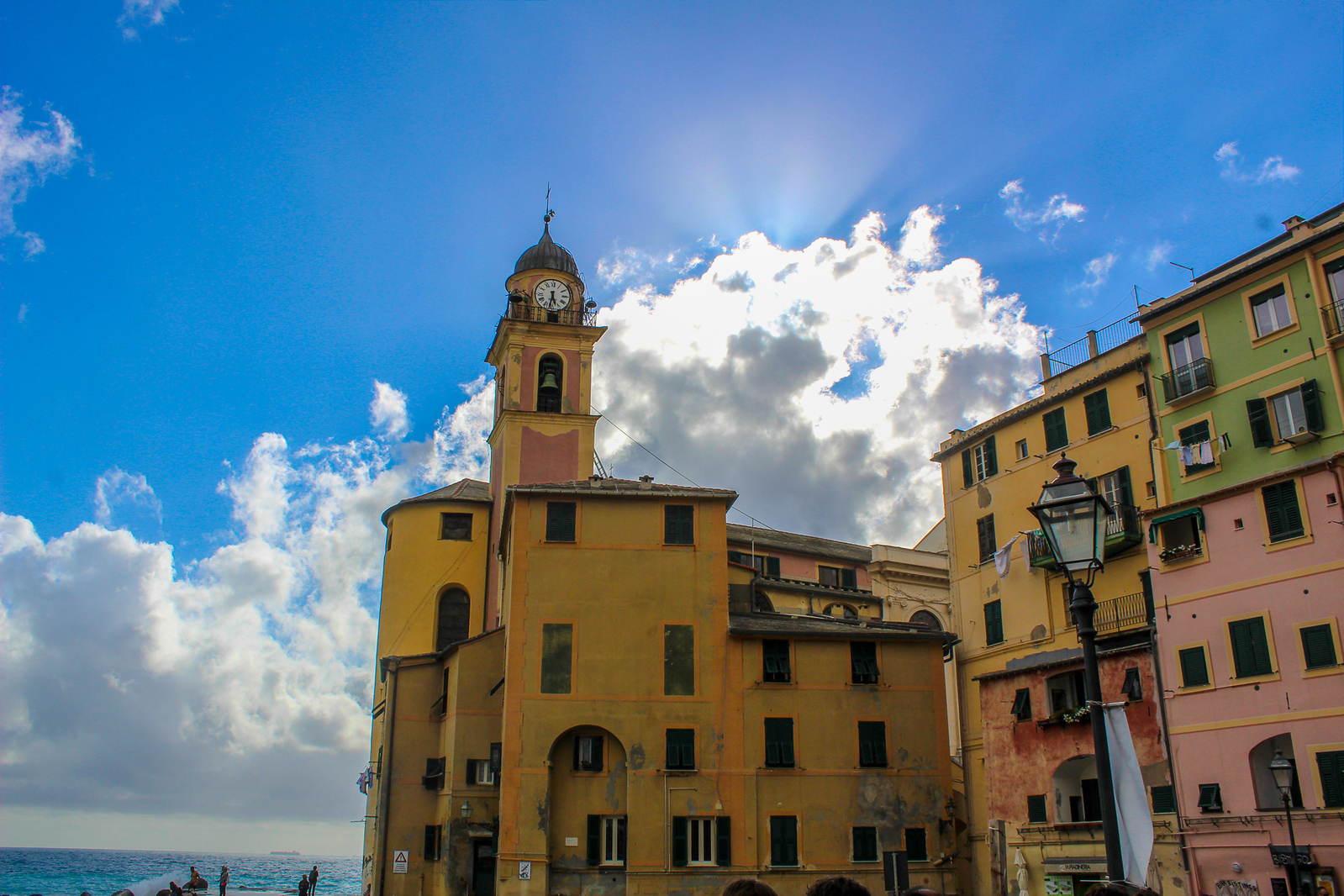 things to do in camogli include going to church
