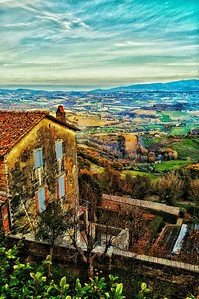 """Lunch Break View"" - Todi, Italia"