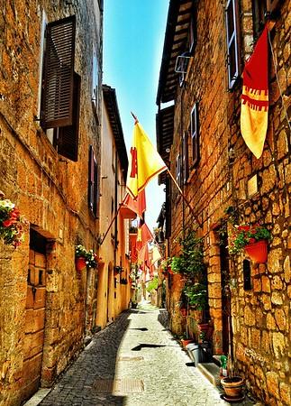 """Orvieto Flags"" - Orvieto, Italia"