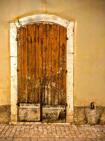 """""""Porta Vecchio"""" - Pescasseroli, Italy"""