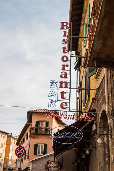 Signage, Pisa