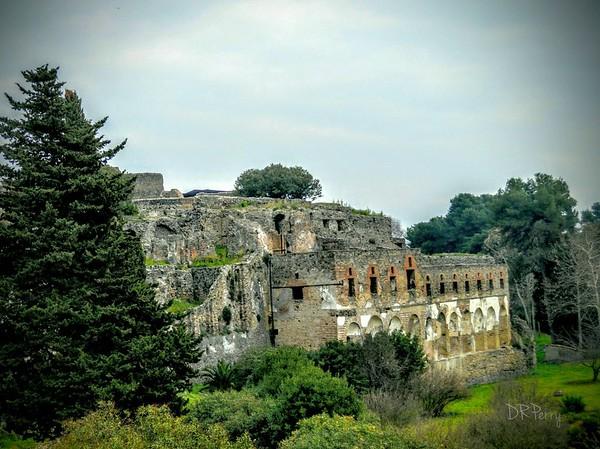 """""""Former Glory"""" - Pompeii"""