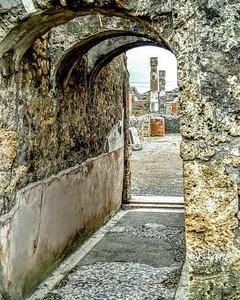 """Arched View to the Forum"" - Pompeii, Italia"