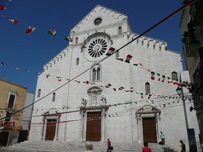 Basilica di San Nicola - The first great Norman church in the South