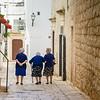 Nonne in Blue