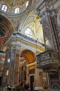 inside Monopoli cathedral