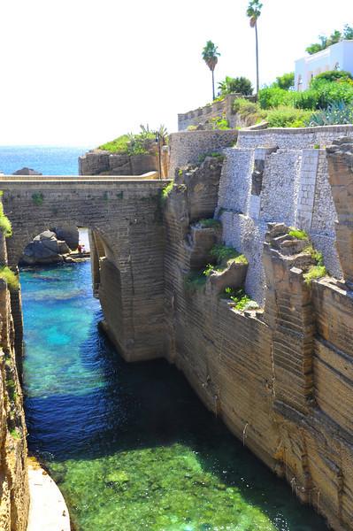 Watergate--Santa Cesarea Terme style