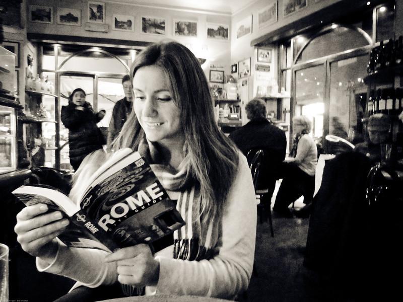 Reading at Bar Rossana S.A.S.