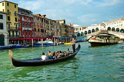 venice_gc gondola vap rialto_d3s0411