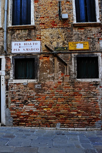 Venice_Direction_Sign_D3S4467
