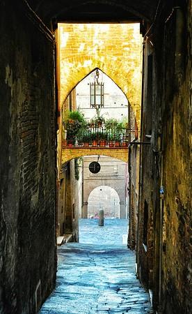 """Charmed Passageway"" - Siena, Italia"