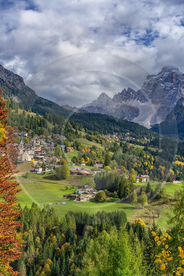 Single Shot Italy Panoramic Landscape Photography Scenic Lake Art Photography Gallery Shoreline - 018831 - 11-10-2015 - 5304x7952 Pixel