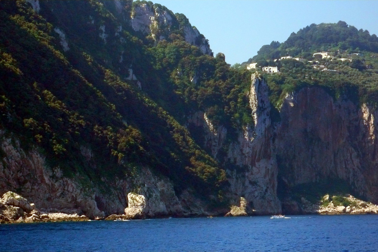 Sailing into Capri