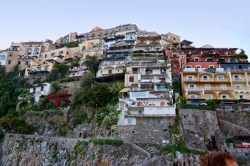 Cliff houses, Capri