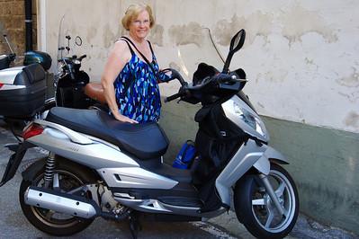 Sorrento_MA_Motorscooter_D3S0114
