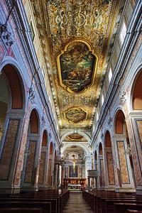 Sorrento_Church_interior_ceiling_altar_D3S0101