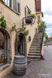Suedtirol-Sueden-Weinstrasse-Kaltern-Ansichten_9736