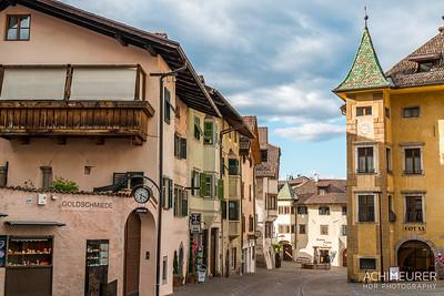 Suedtirol-Sueden-Weinstrasse-Kaltern-Ansichten_9770