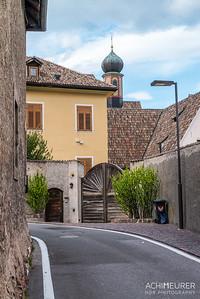 Suedtirol-Sueden-Weinstrasse-Kaltern-Ansichten_9752