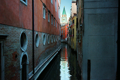 St Marks_Bell-tower_reflection_D3S5228a