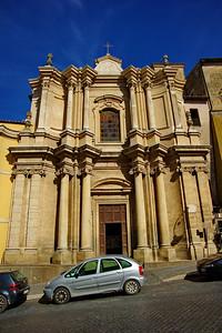 Tarquinia_Church-facade_D3S0134
