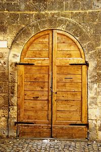 Tarquinia_Arched_door_tan_D3S6353
