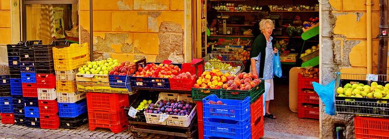 Tarquinia_Fruit-Mkt_DaPancott_D3S0135