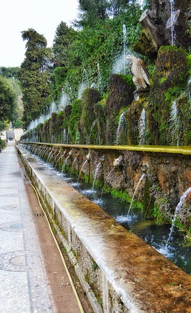 """""""Troubles Are Washed Away With Water"""" - Villa d'Este - Tivoli"""
