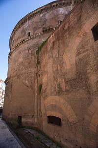 Pantheon side