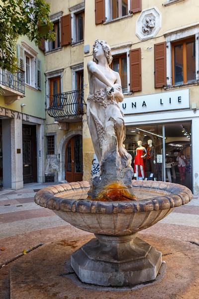 Piazza Mario Pasi