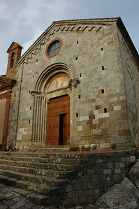 Earliest records of the Church of San Leonardo date to 1216.