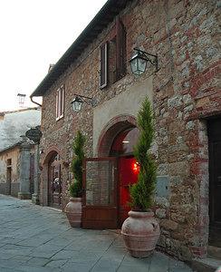 """The """"La Costa"""" Hotel in Montefollonico"""