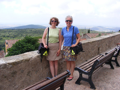 """Sisters-in-law styling their """"Gucci bags"""" in Capalbio."""