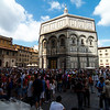 The afternoon crowds outside the Florence Cathedral