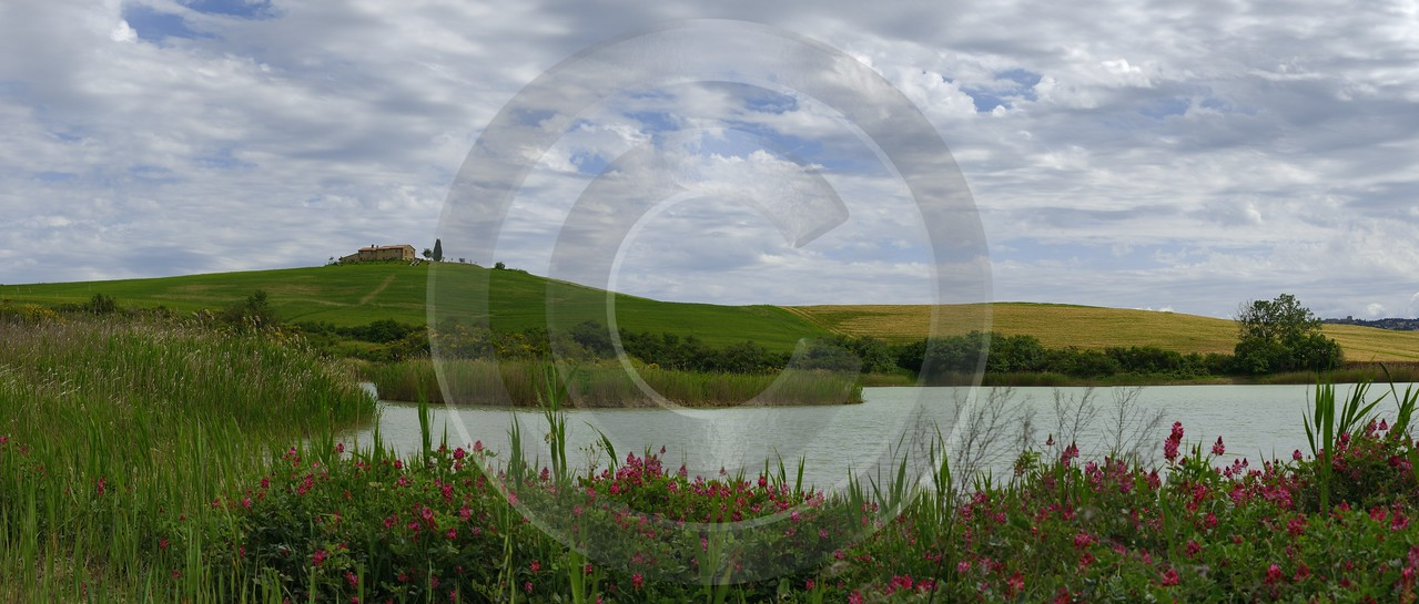 La Foce Lake Pond Tuscany Italy Toscana Italien Spring Stock Photos Nature Snow Fine Art Landscape - 013983 - 18-05-2013 - 16518x7039 Pixel