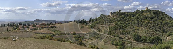 Monticchiello Tuscany Winery Panoramic Viepoint Lookout Hill Autumn Fine Art Photographers Rock - 022843 - 13-09-2017 - 28674x8084 Pixel